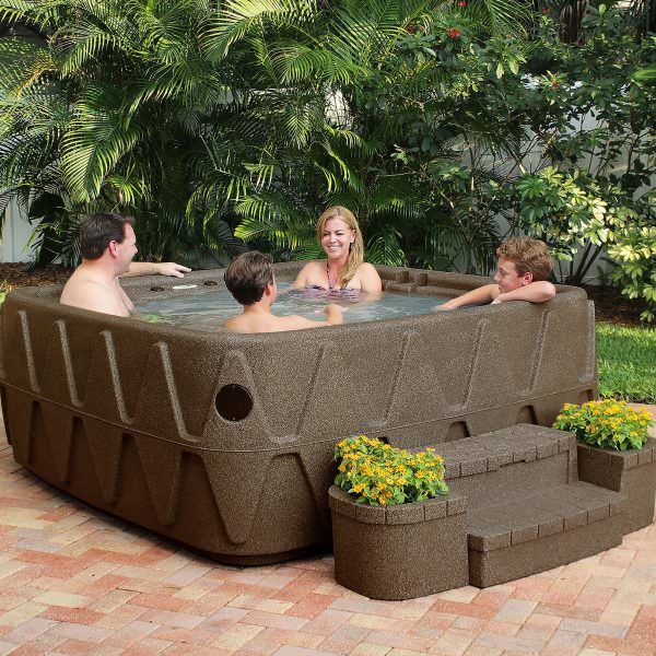 How to test your hot tub water